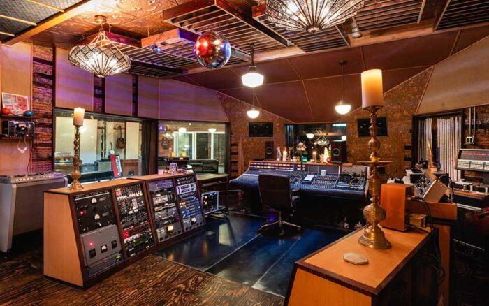 Tucker Martine's Studio - Flora Recording