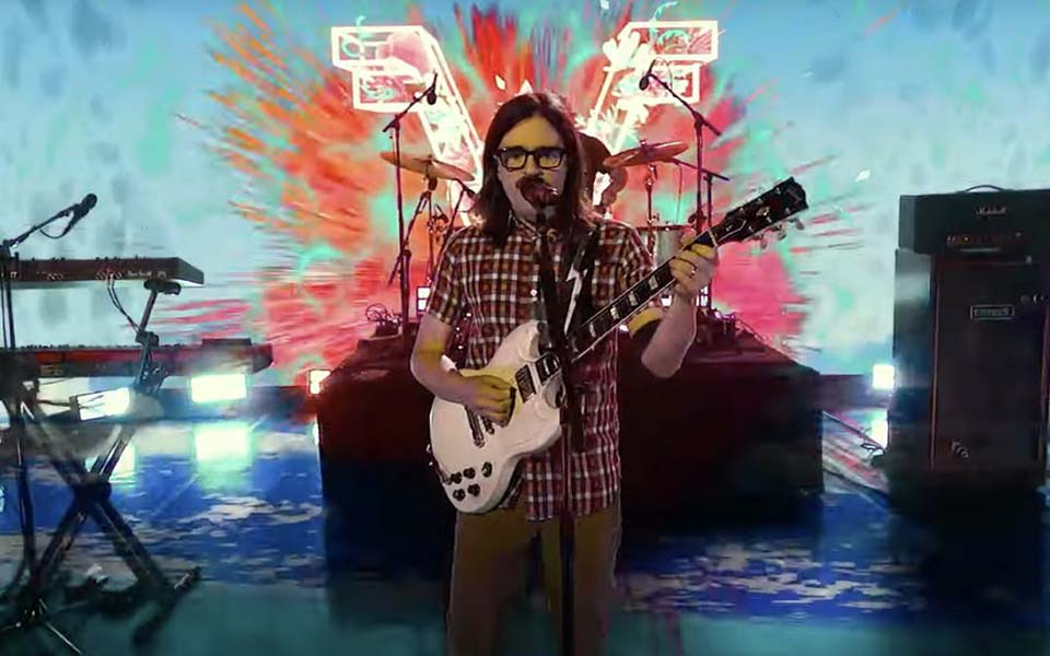 """Weezer """"Tell Me What You Want"""""""